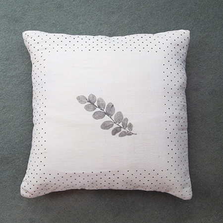 THUMBNAIL TLA Bordi Bindu Cushion Cover