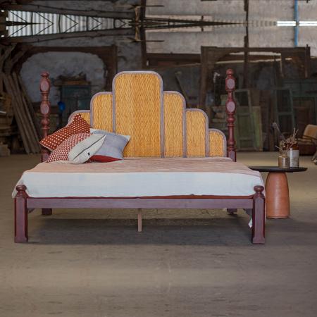 mustrad-cane-bed.jpg