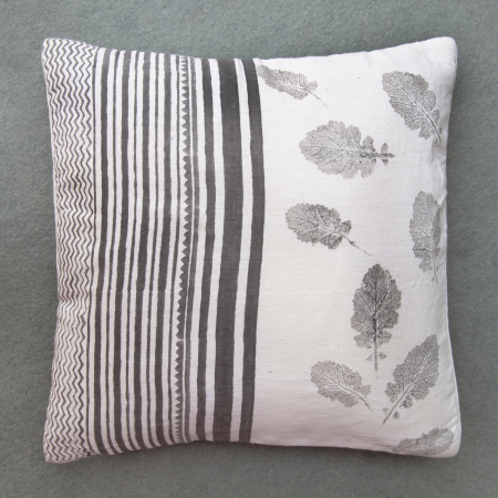 TLA-Ringan-Liti-Cushion-Cover.jpg